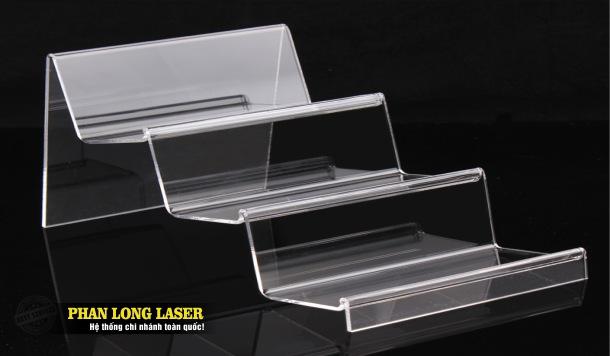 Làm kệ nhựa mica, kệ nhựa acrylic dùng để trưng bày sản phẩm tại Tphcm Sài Gòn, Hà Nội, Đà Nẵng và Cần Thơ