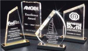 Địa chỉ Công ty sản xuất, bán buôn, bán lẻ, bán sỉ kỷ niệm chương Mica acrylic, Cúp mica, bảng vinh danh mica, biểu trưng nhựa acrylic