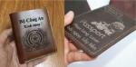 Làm ví da bóp da theo yêu cầu khắc laser lấy liền giá rẻ