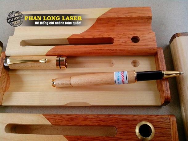 Có nên mua bút gỗ viết gỗ Khắc tên tại Hà Nội, Sài Gòn, Đà Nẵng Không