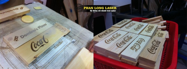 Địa chỉ khắc laser lên các sản phẩm gỗ cho cocacola tại Hà Nội