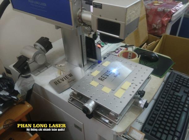Địa chỉ khắc công ty khắc laser logo lên Sắt Thép theo yêu cầu