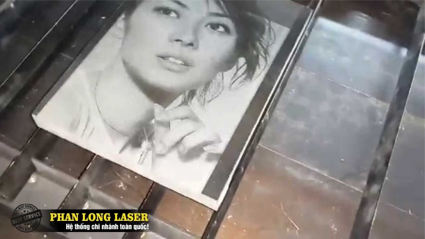 Xưởng điêu khắc bia mộ bằng máy laser giá rẻ tại Sài Gòn, Hà Nội, Đà Nẵng, Cần Thơ