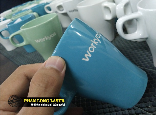 Địa chỉ công ty chuyên nhận gia công khắc laser theo yêu cầu lên ly cốc làm bằng thủy tinh gốm sứ ở Hà Nội