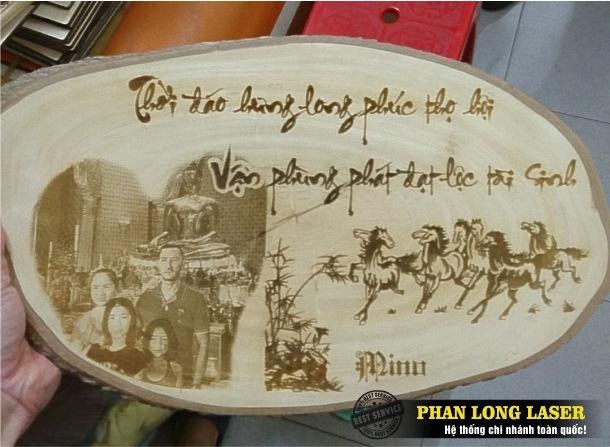Địa chỉ gia công khắc thư pháp, khắc logo lên tranh ảnh bằng gỗ lấy ngay lấy liền giá rẻ
